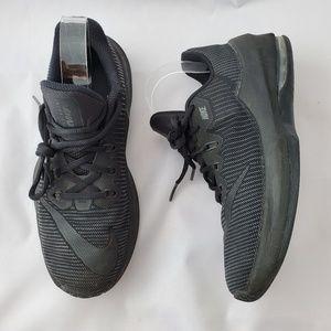 NIKE Air Max Infuriate Boys Basketball Shoes